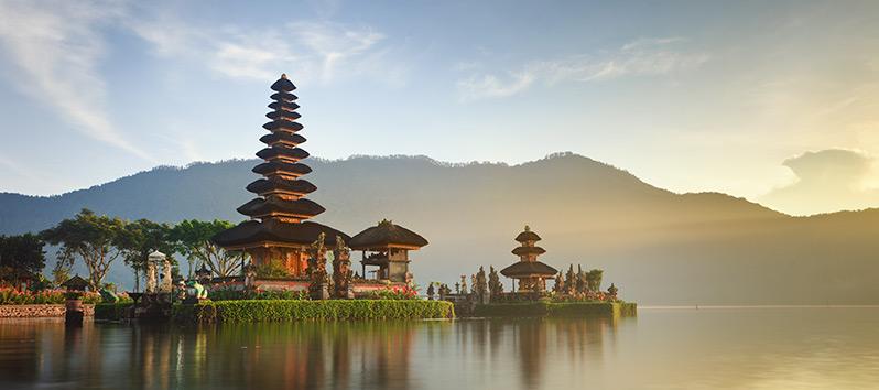 top 5 romantic destinations